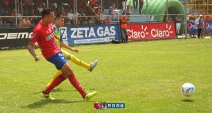 Gol de Blas Pérez